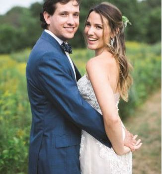 Samantha + Enrique's Wedding Featured in Fall/Winter 2017 the KNOT NEW ENGLAND
